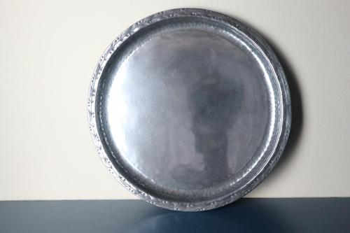 Arts & Crafts Hugh Wallis Hammered Pewter Round Tray  /Plate c.1910 (1 of 10)