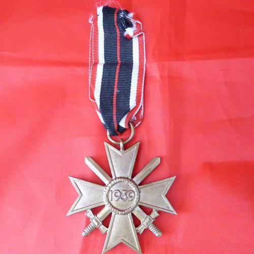 WW2 German War Merit Cross (1 of 4)