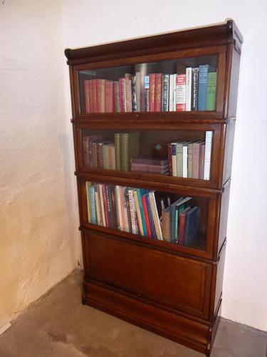 Oak 4 Tier Bookcase (1 of 6)