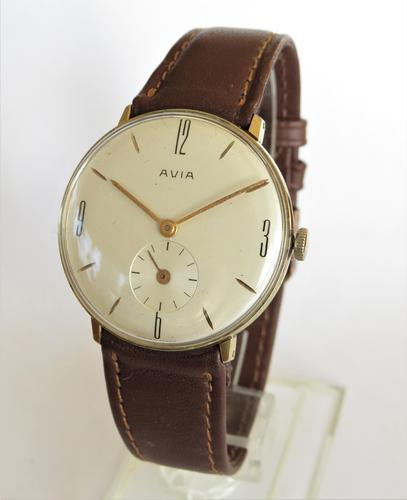Gents 1960s Avia wristwatch (1 of 4)