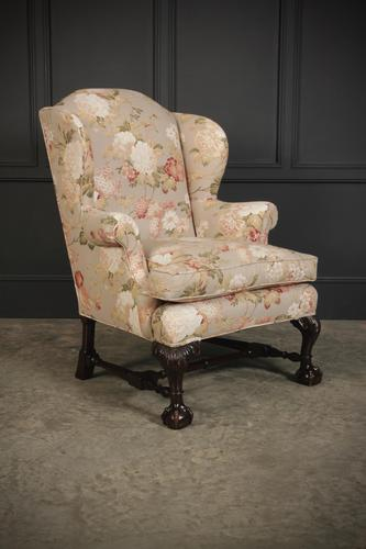 Chippendale Style Floral Upholstered Wing Chair (1 of 16)