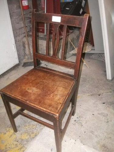 Old Oak Country Hall Chair (1 of 1)