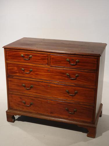 Good George III Period Mahogany Chest of Drawers (1 of 5)