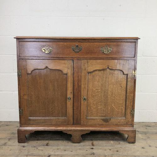 Antique Oak Cupboard on Bracket Feet (1 of 12)