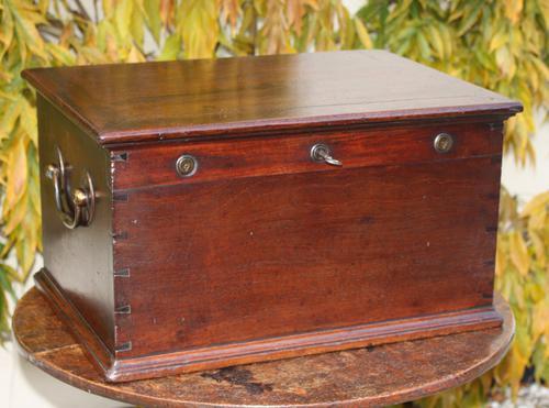 Georgian Mahogany Box c.1800 (1 of 1)