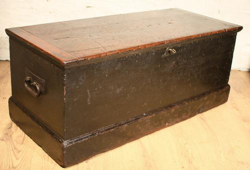 Dovetailed Pine Trunk c.1860 (1 of 1)