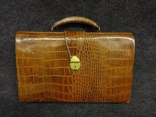 Ladies Vintage Leather Briefcase c.1920 (1 of 1)
