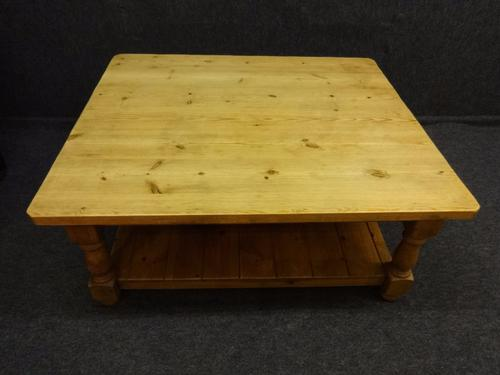 Pine Coffee Table (1 of 1)