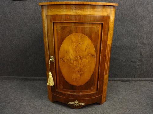 A Good Marquetry Corner Cabinet (1 of 1)