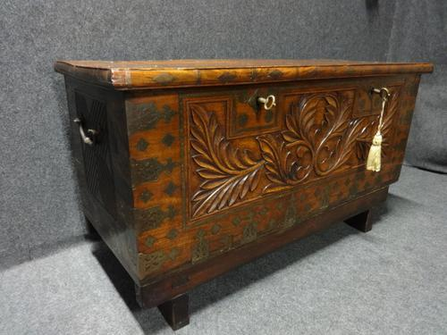 Camphor Wood Dowry Chest on Stand (1 of 1)