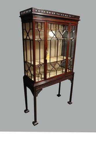Outstanding Mahogany Display Cabinet c.1900 (1 of 1)