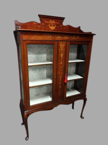 Very Good Mahogany Inlaid Display Cabinet (1 of 1)