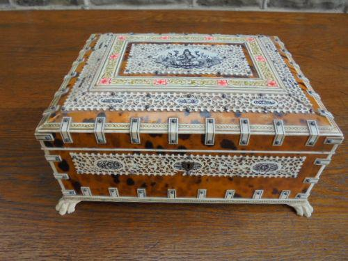 Fine Quality Anglo Indian Ivory & Tortoiseshell Box (1 of 1)