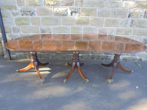 Good Antique Mahogany Triple Pillar Extending Dining Table (1 of 1)
