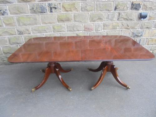 Antique Mahogany Twin Pillar 8 Seater Dining Table c.1900 (1 of 1)