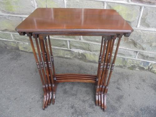 Antique Mahogany Nest of 4 Tables c.1900 (1 of 1)