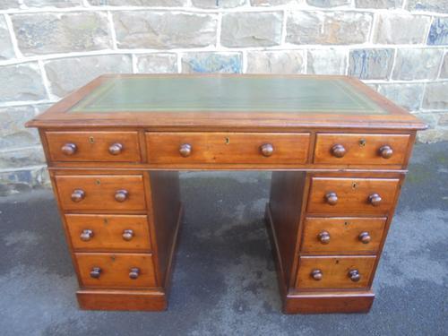 Antique Mahogany Pedestal Writing Desk (1 of 1)