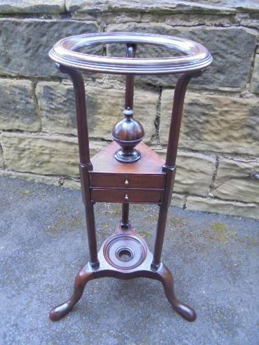 Antique George III Mahogany Washstand (1 of 1)