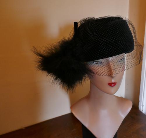 Original 1960s Vintage Black Pill Box Velvet & Feather Veiled Hat (1 of 7)