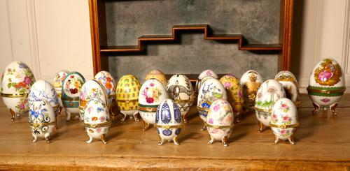 A Collection of Ceramic Egg Trinket Boxes, in Original Art Deco Display Shelf (1 of 8)