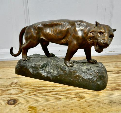 Ferocious Bronze Tiger Statue (1 of 6)