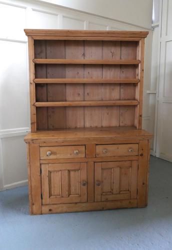 One Piece Victorian Rustic Farmhouse Kitchen Pine Dresser (1 of 1)