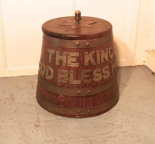 "Royal Navy Edwardian ""Grog Tub"", Oak & Brass Sailors Rum Barrel (1 of 1)"