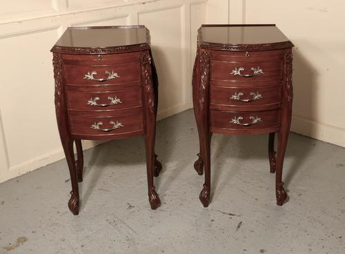 Pair of French Walnut & Ormolu 3 Drawer Bedside Chests c.1900 (1 of 10)