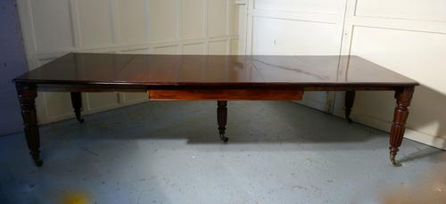 10ft Long William VI Mahogany Extending Dining Table, Seats 16 Diners (1 of 1)
