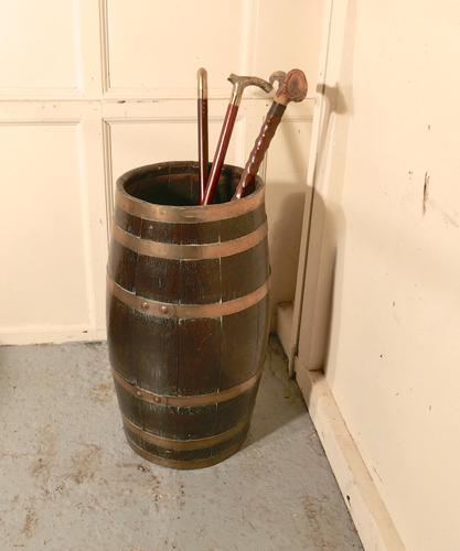 Large Brass & Oak Barrel Stick Stand (1 of 1)