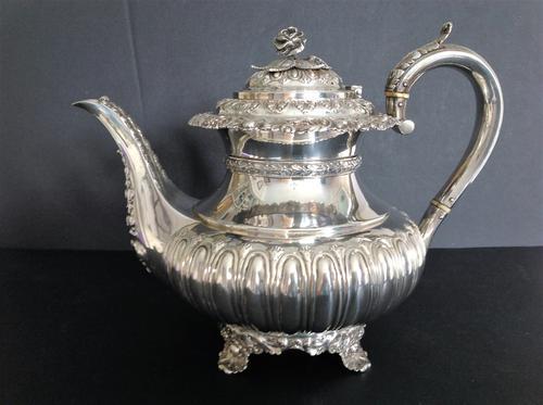 Large Antique Georgian Silver Tea / Coffee Pot - 1824 (1 of 9)