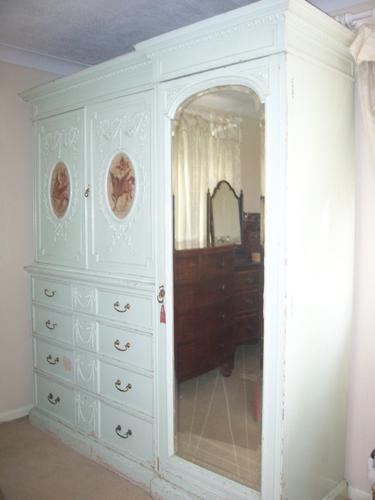 Painted Linen Press Compactum (1 of 8)