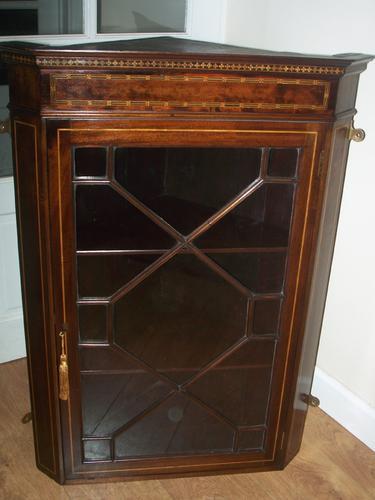 Fine Mahogany Hanging Corner Cupboard / Cabinet (1 of 1)