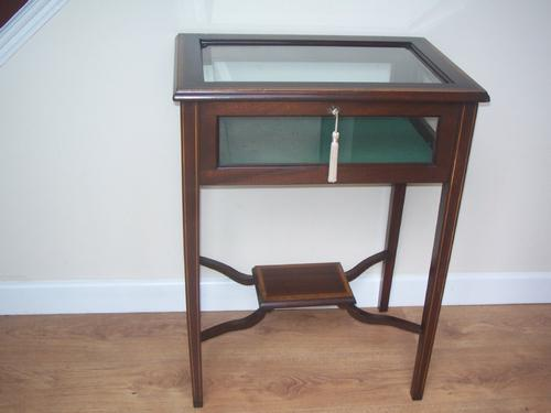 Edwardian Inlaid Mahogany Bijouterie Table / Display Cabinet (1 of 1)