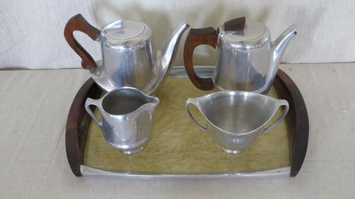 Tea Set c.1950 (1 of 11)