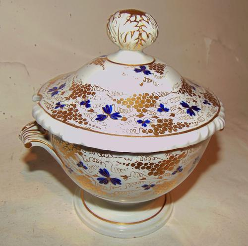 Derby Porcelain Sauce Tureen, Marked 1820 (1 of 4)