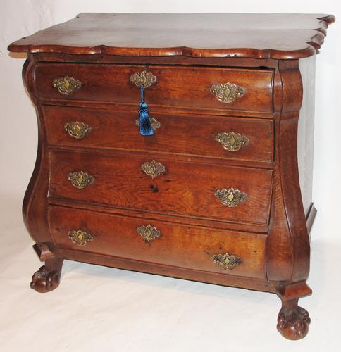 18th Century Dutch Oak Bombe Chest of Drawers c.1770 (1 of 1)