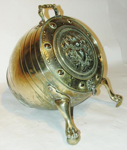 Victorian Brass Barrel Shaped Coal Container (1 of 1)