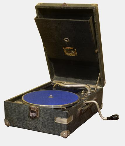 Portable Wind-up Gramaphone c.1930 (1 of 1)