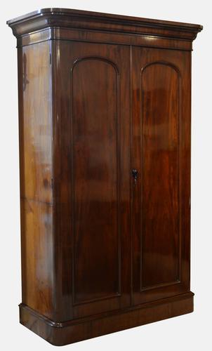 Victorian Mahogany 2 Door Wardrobe / Linen Press c.1860 (1 of 1)