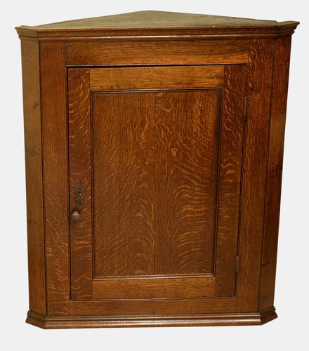 George III Period Oak Corner Cupboard (1 of 1)