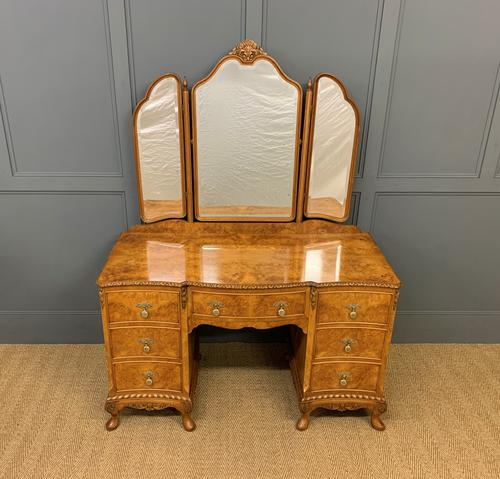 Burr Walnut Dressing Table (1 of 20)