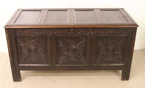 Large Early 18th Century Oak Coffer c.1720 (1 of 1)