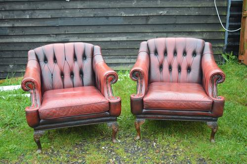 Pair of Leather Georgian Style Button Back Chesterfield Chairs (1 of 1)