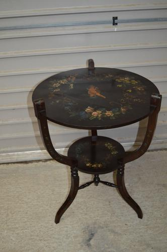 19th Century Painted Occasional Table / Lamp Table / Centre Table Cherubs (1 of 1)