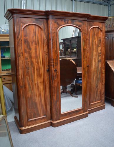 Large Victorian Mahogany Breakfront Wardrobe Compactum Triple Wardrobe c.1870 (1 of 1)