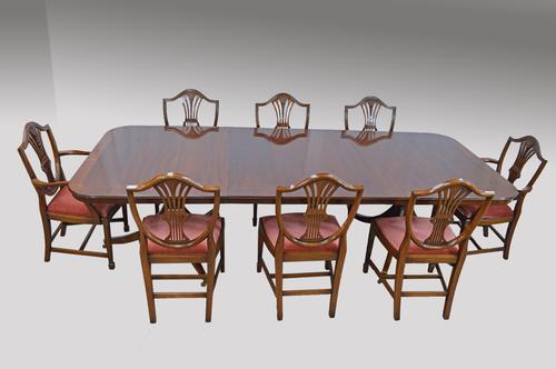 Bevan Funnell Regency Style Dining Table & 8 Chairs (1 of 1)