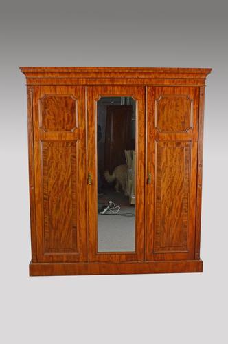 Victorian Mahogany Triple Wardrobe Compactum (1 of 1)