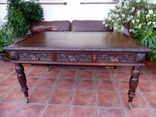 Country Oak Edwards & Roberts Partners Desk (Free Shipping to Mainland England) (1 of 8)