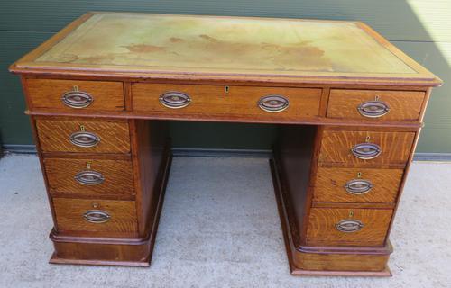 Victorian Leather-Topped Golden Oak Pedestal Desk (1 of 7)